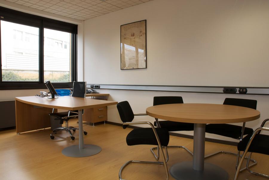 Tp center roma business center rome uffici arredati for Uffici arredati roma